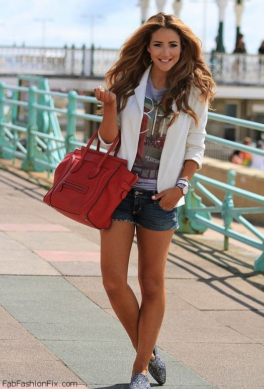 Style Watch How Fashion Bloggers Wear Denim Shorts For