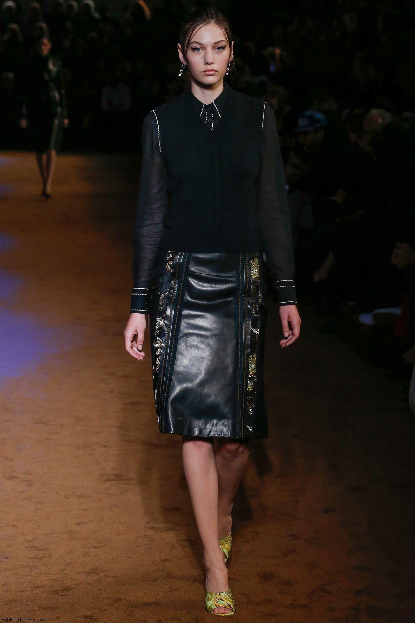 Fashion News: Gemma Ward, Lara Stone More photo