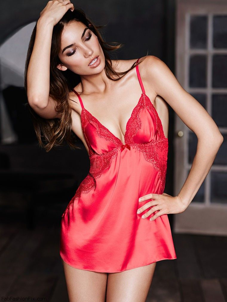 f8953a0ff3c Lily Aldridge is sexy bombshell for Victoria s Secret lingerie ...