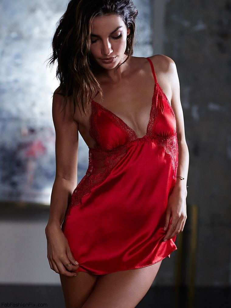 Lily Aldridge Is Sexy Bombshell For Victoria S Secret