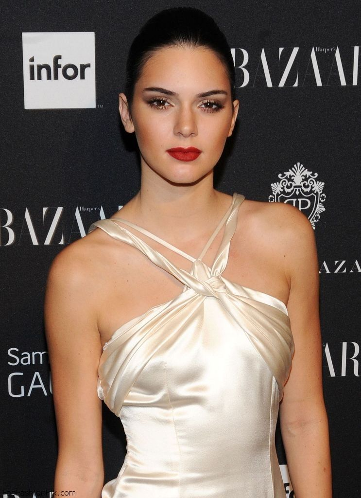 kendall-jenner-harper-s-bazaar-celebrates-icons-by-carine-roitfeld-in-new-york-city-sept.-2014_1