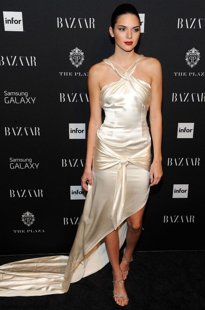 kendall-jenner-harper-s-bazaar-celebrates-icons-by-carine-roitfeld-in-new-york-city-sept.-2014_12