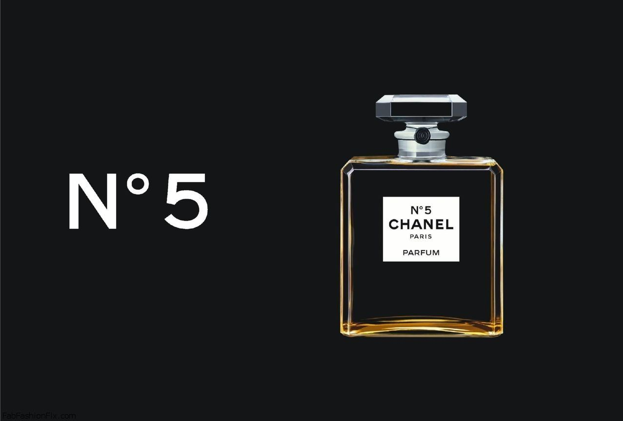 Gisele B 252 Ndchen Makes Her Debut As The New Muse Of Chanel
