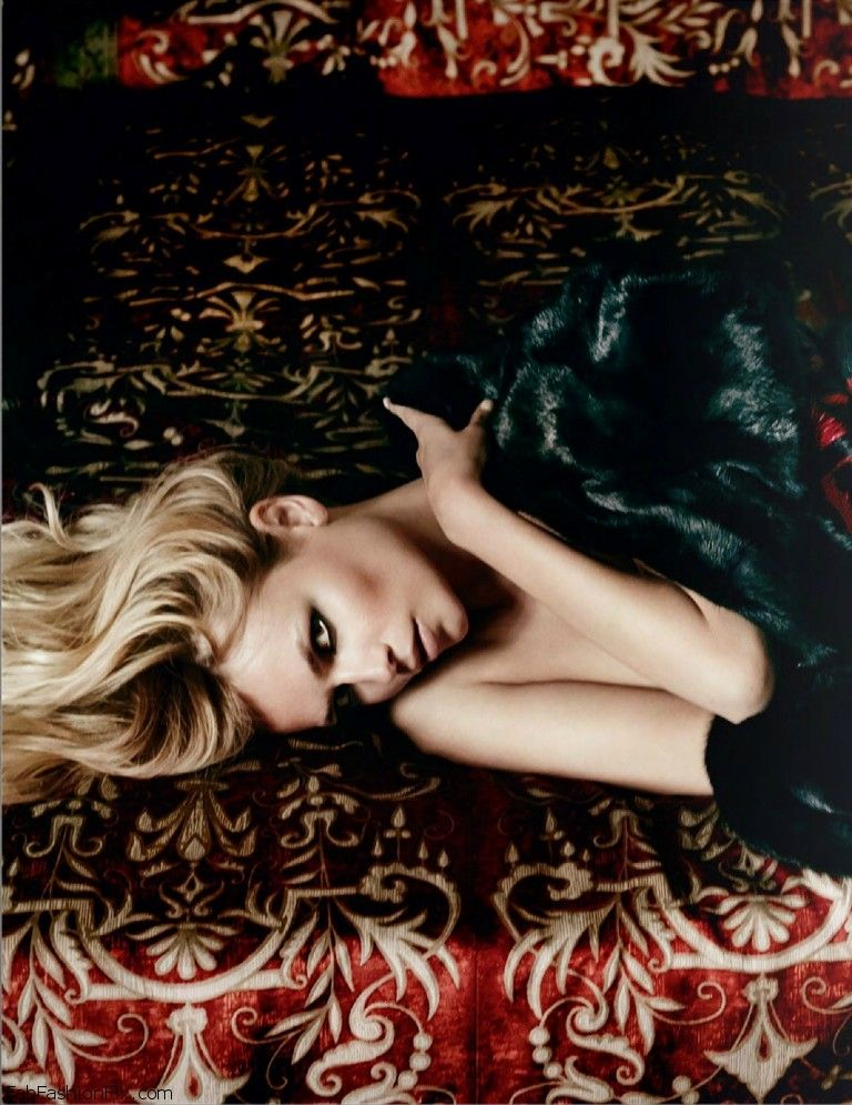 Vogue_Paris_October_2014 (14)