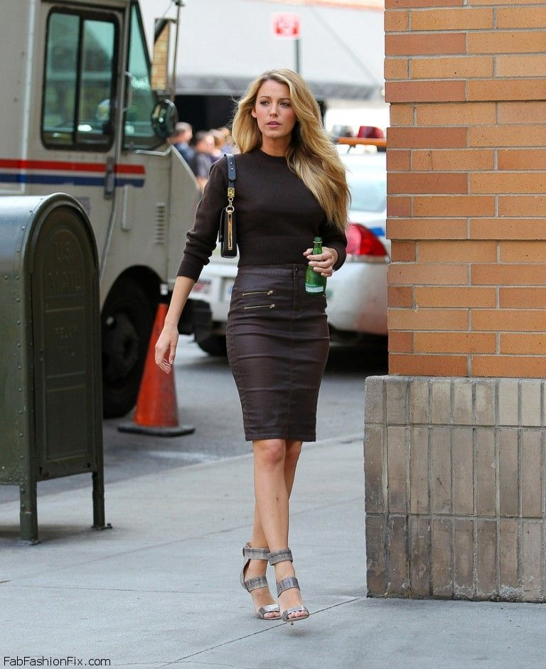 Style Watch How Celebrities Style And Wear Leather Skirts