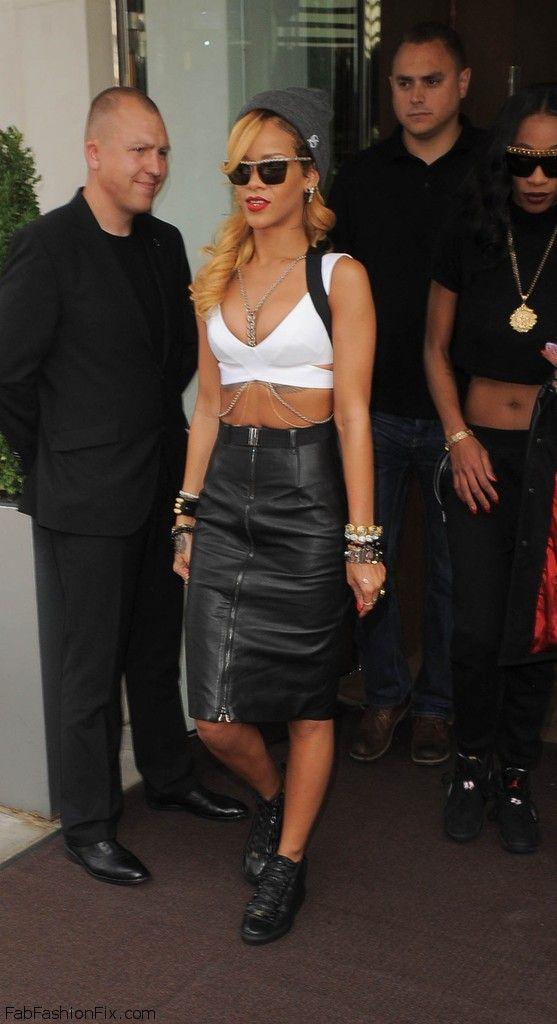 Style Watch: How celebrities style and wear leather skirts ...
