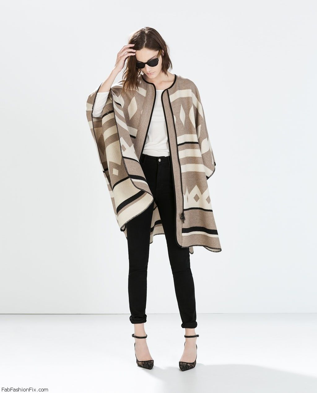 style guide how to wear the blanket coat trend this fall learn from celebrities fab fashion fix. Black Bedroom Furniture Sets. Home Design Ideas