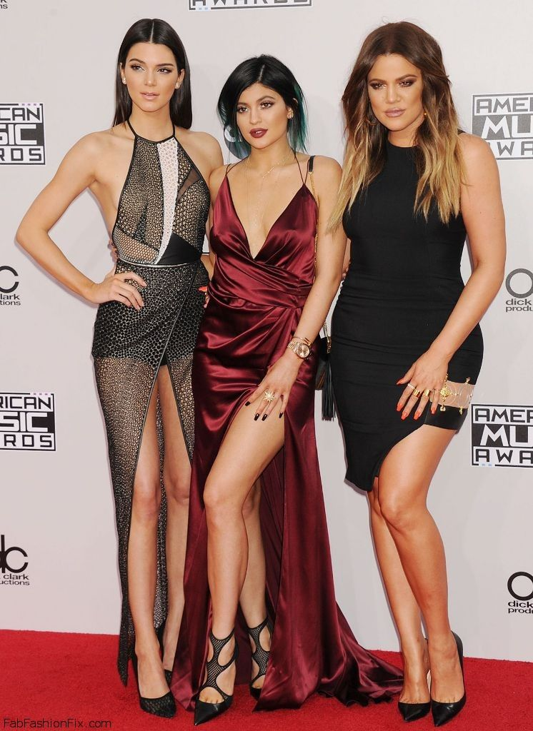 kendall-jenner-kylie-jenner-khloe-kardashian-2014-american-music-awards-in-los-angeles_1