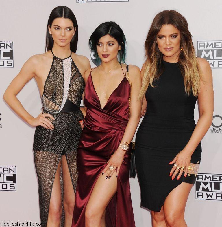kendall-jenner-kylie-jenner-khloe-kardashian-2014-american-music-awards-in-los-angeles_3