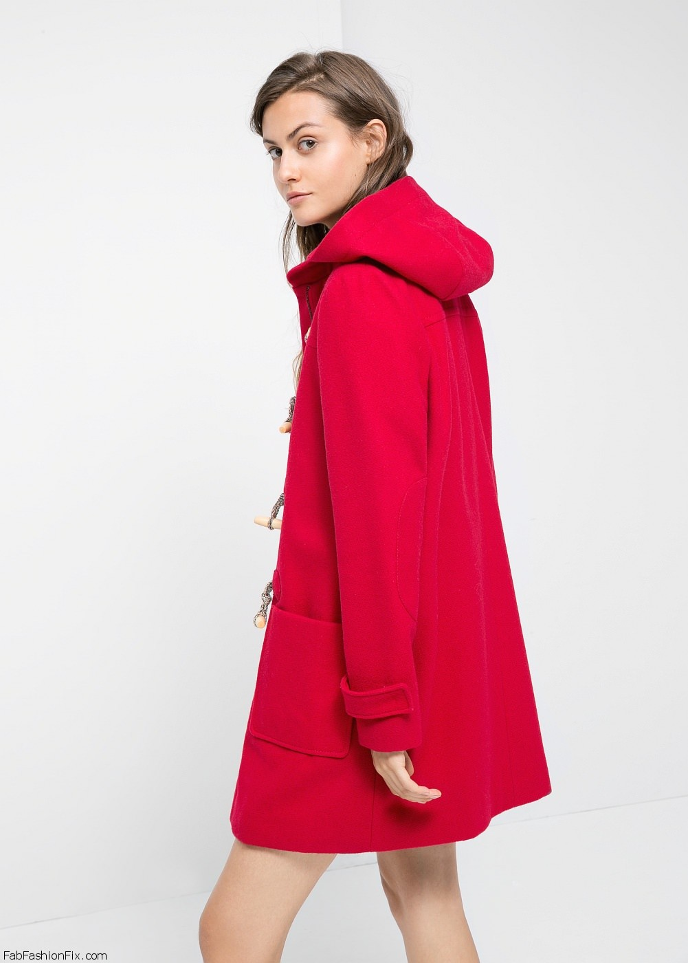 Favorite Style Guide: 5 classic winter coats every woman should own - Fab  ET04