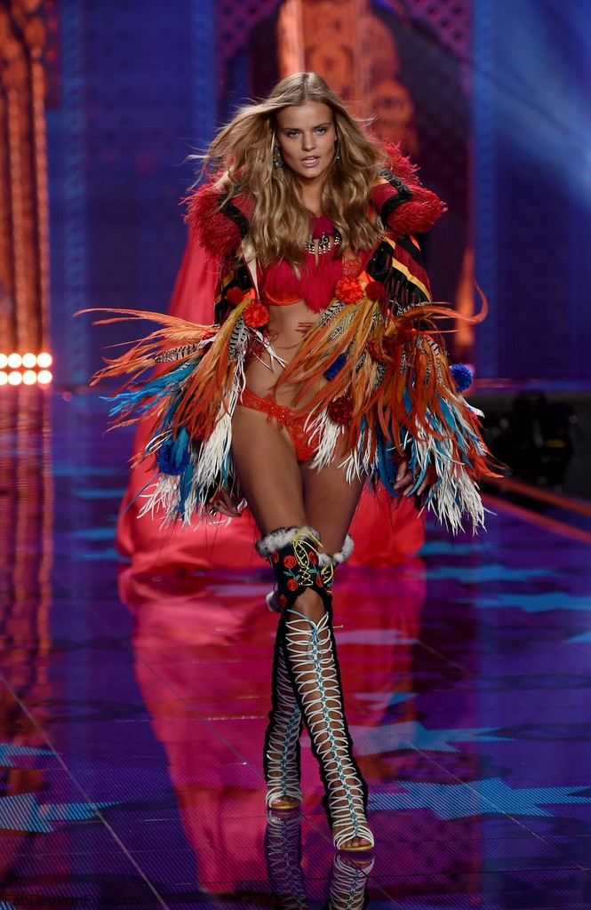 Kate_Grigorieva_Victoria_Secret_Fashion_Show_Al5