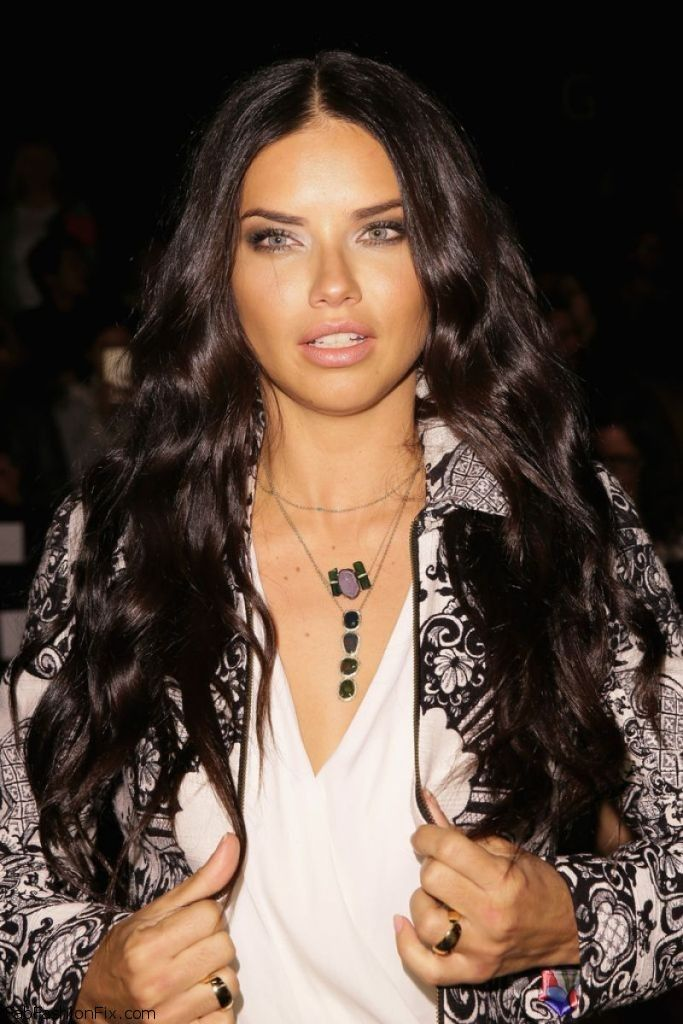 adriana-lima-desigual-fashion-show-mbfw-fall-2015-in-new-york-city_3