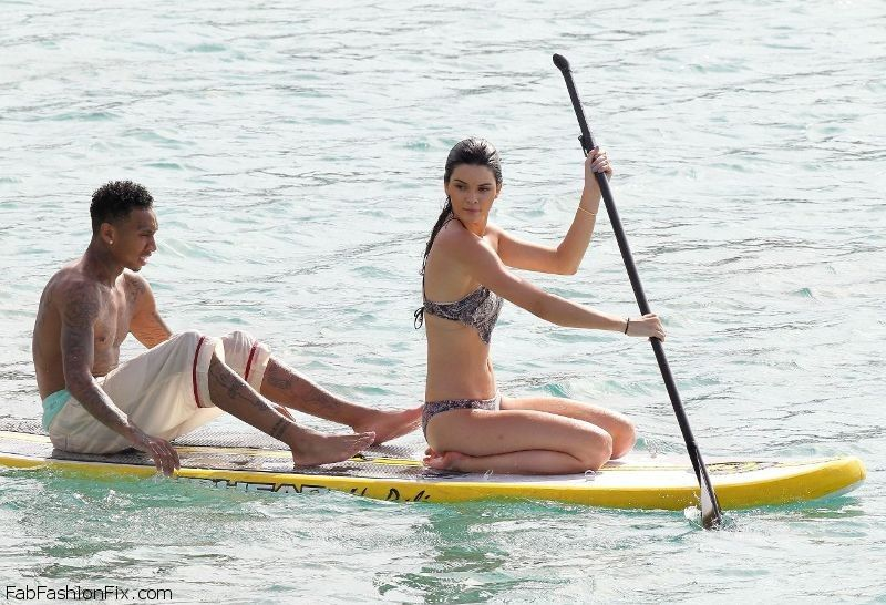 kendall-jenner-bikini-candids-in-st.-barts-august-2015-_12