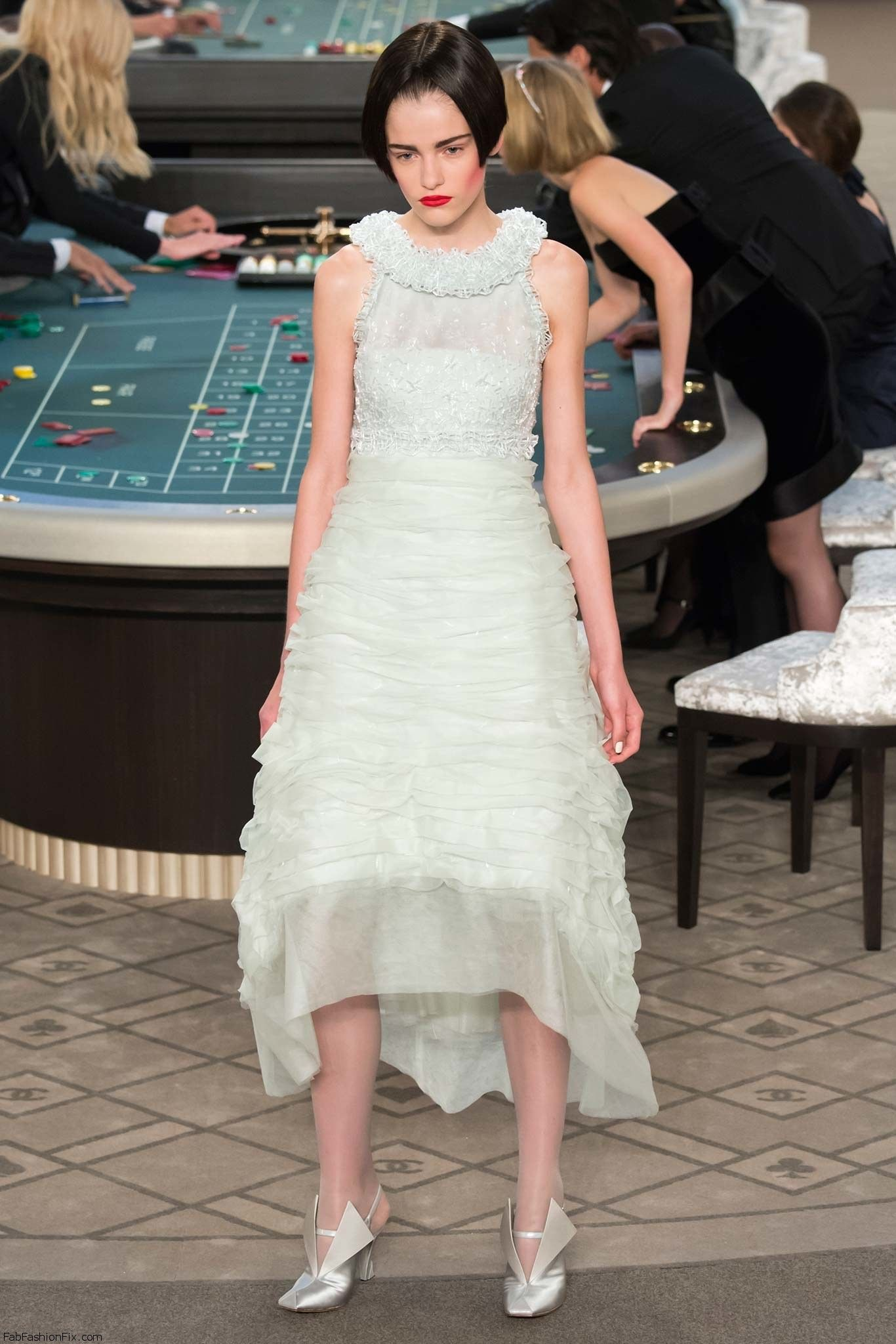 Chanel haute couture fall 2015 collection fab fashion fix for Chanel haute couture 2015