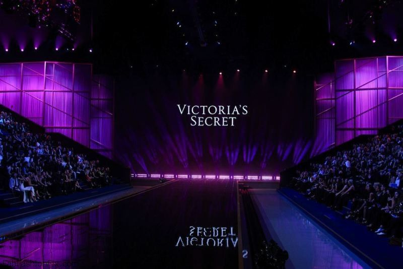 Victoria's Secret Fashion Show 2014 London held at Earl's Court - Catwalk Where: London, United Kingdom When: 02 Dec 2014 Credit: Joe/WENN.com