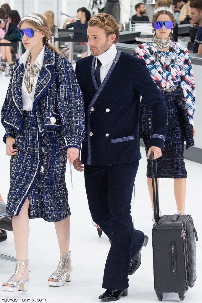 Chanel Spring/summer 2016 Collection - Paris Fashion Week