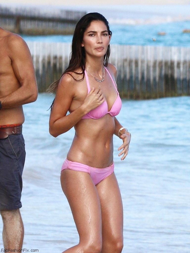 Victoria S Secret Angels Pose In St Barts For New Victoria S Secret Swimwear Fab Fashion Fix