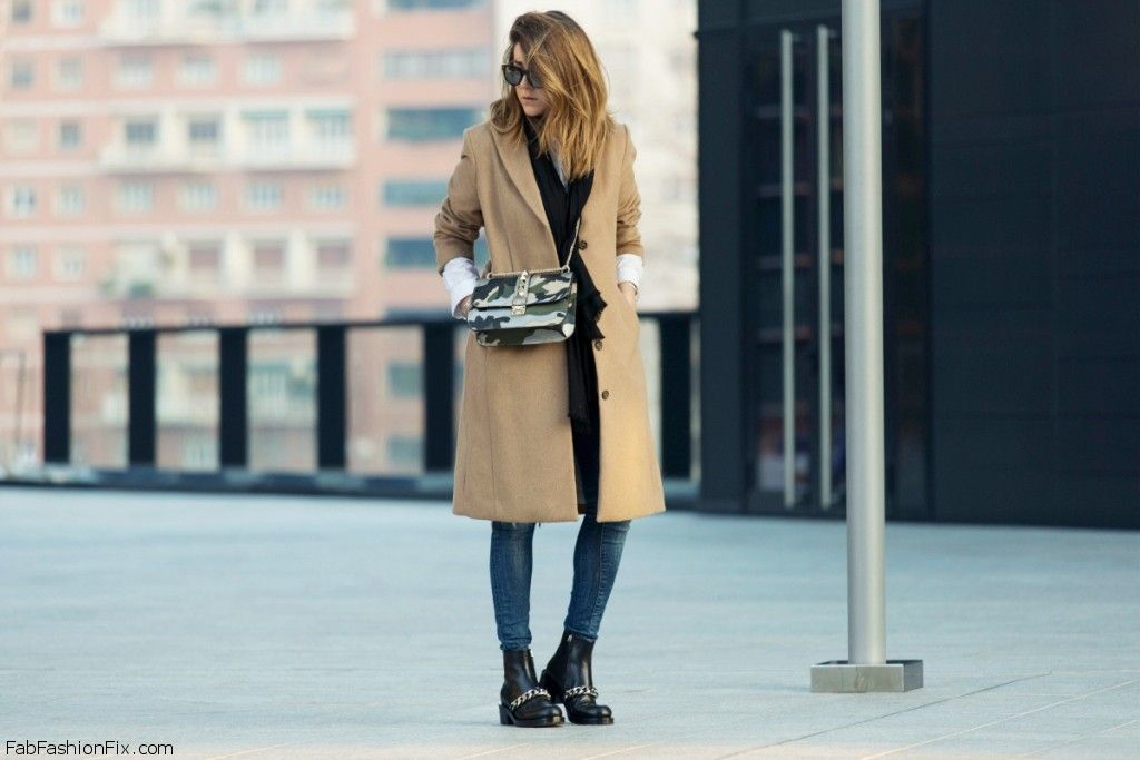 GIVENCHY-LAURA-BOOTS-CAMEL-COAT-VALENTINO-BAG-FASHION-BLOGGER-95
