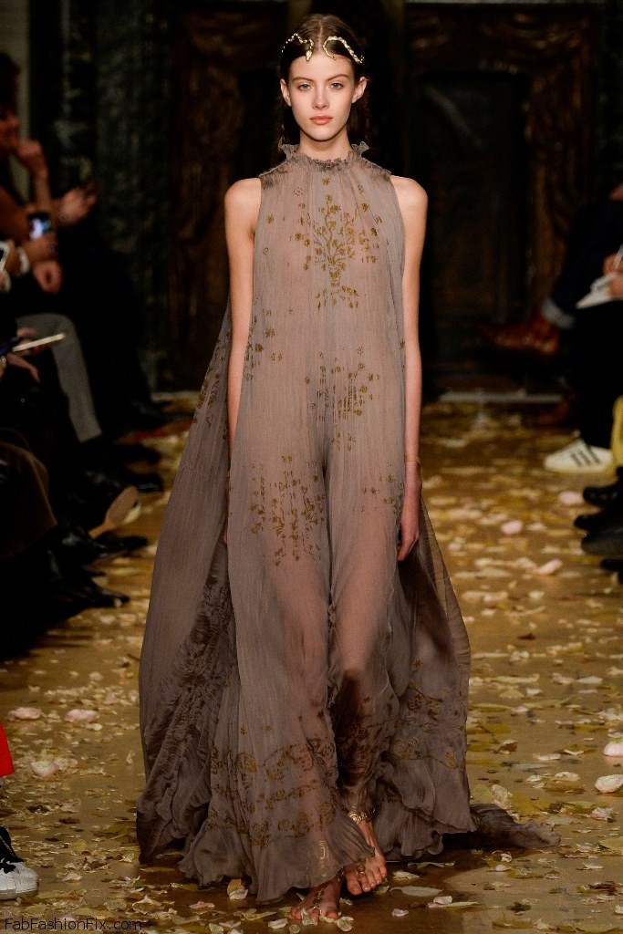 Valentino Haute Couture spring/summer 2016 Collection
