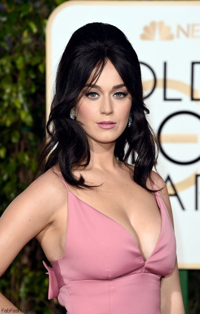 katy-perry-2016-golden-globe-awards-in-beverly-hills-3