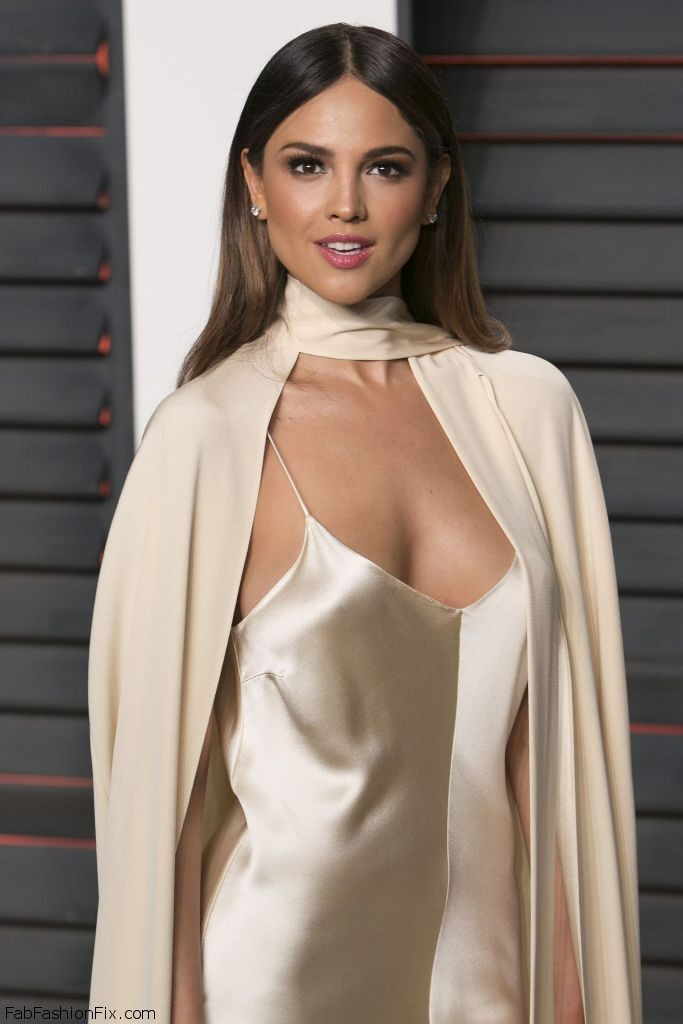 eiza-gonzalez-vanity-fair-oscar-2016-party-in-beverly-hills-ca-2