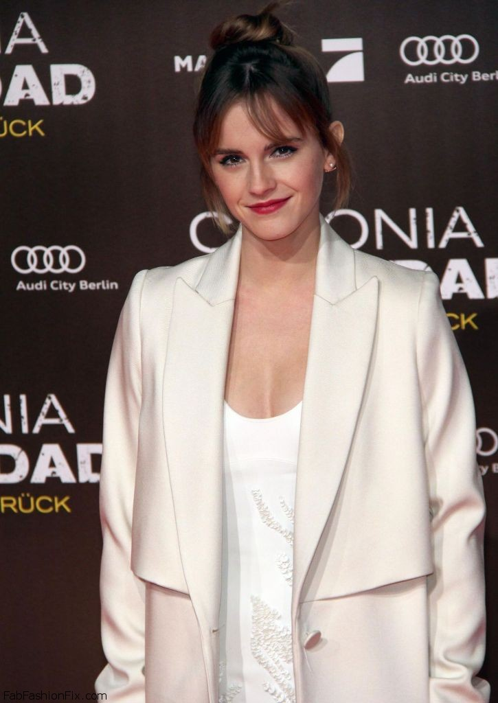 emma-watson-colonia-premiere-in-berlin-20-photos-10