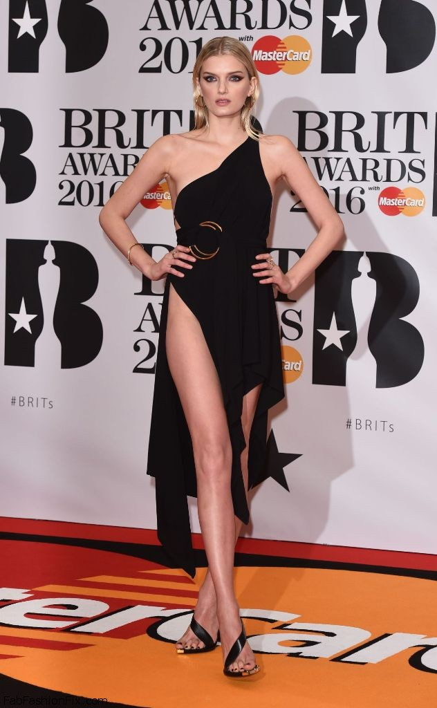 lily-donaldson-brit-awards-2016-in-london-uk-1
