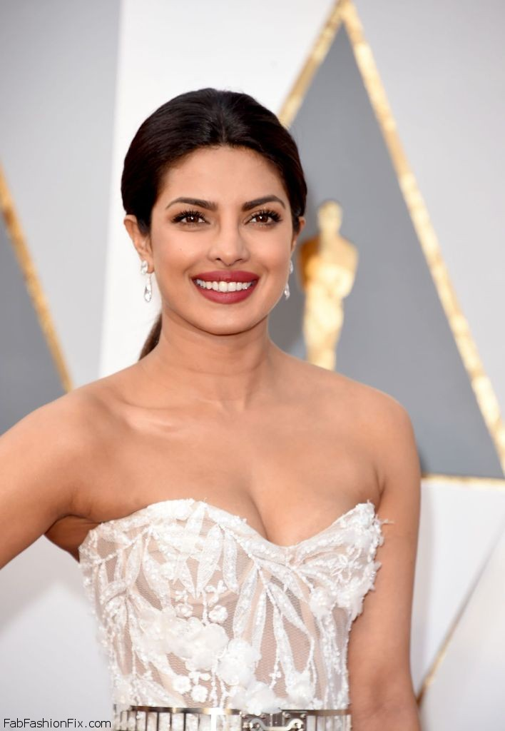 priyanka-chopra-oscars-2016-in-hollywood-ca-2-28-2016-2