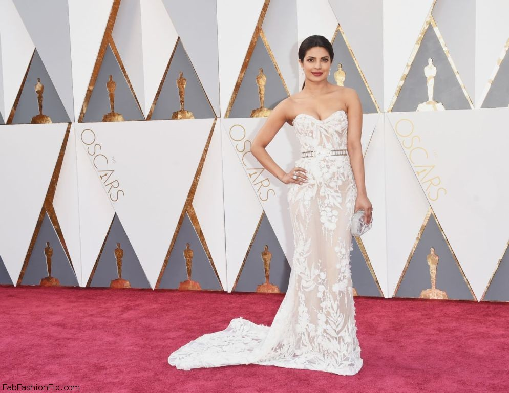 priyanka-chopra-oscars-2016-in-hollywood-ca-2-28-2016-4