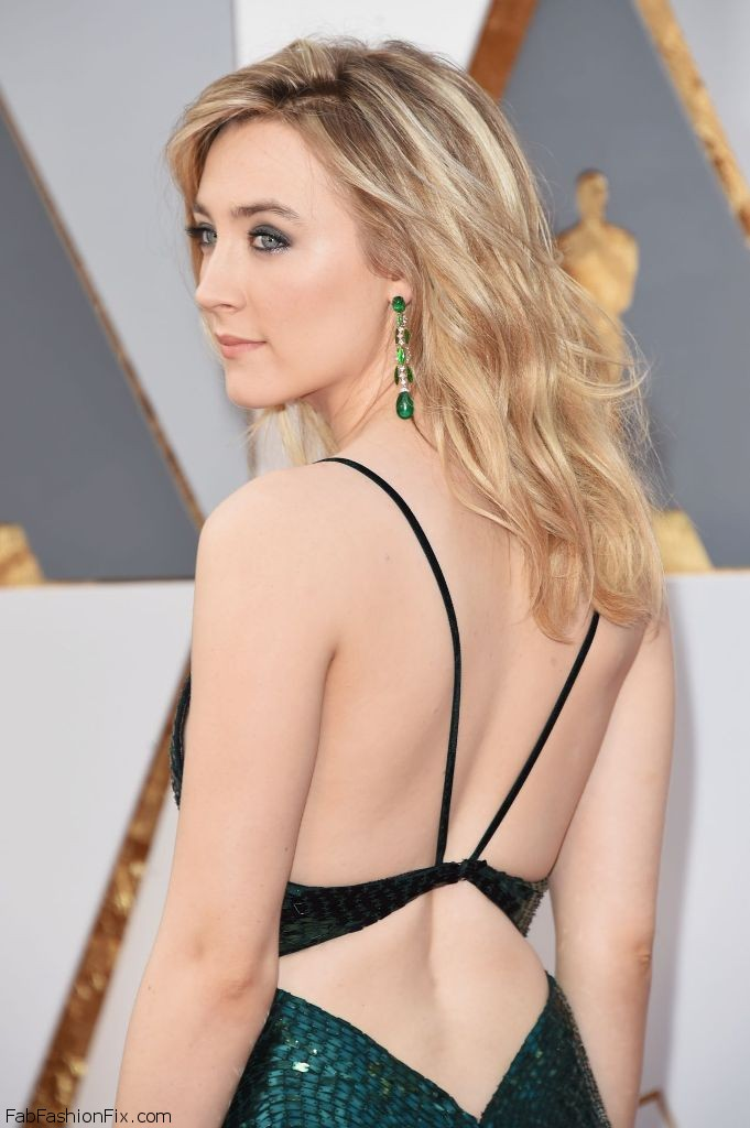 saoirse-ronan-oscars-2016-in-hollywood-ca-2-28-2016-3