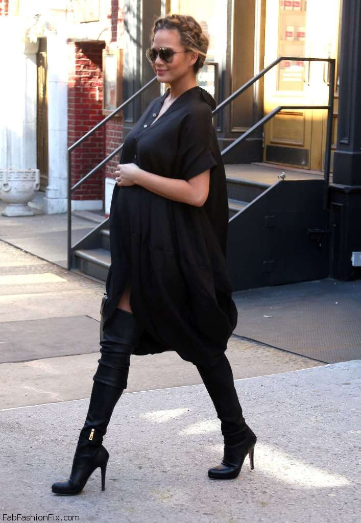 Chrissy-Teigen-out-and-about-in-New-York--03
