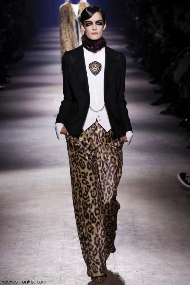 Dries Van Noten Fall/winter 2016 Collection - Paris Fashion Week