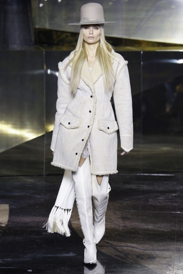 H&M Fall/winter 2016 Collection - Paris Fashion Week