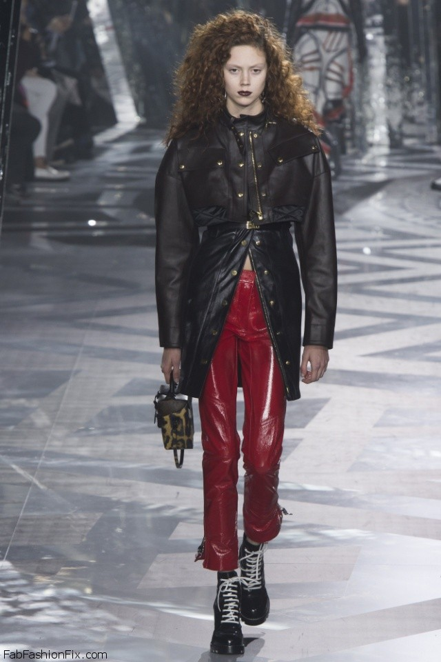 Louis Vuitton Fall/winter 2016 Collection - Paris Fashion Week