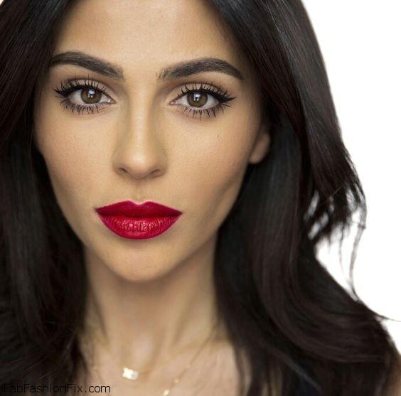 Beauty blogger Teni Panosian wearing Rimmel London Kate Moss Lasting Lipstick in Rosetto.