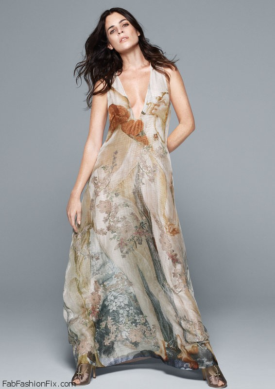 Julia Restoin Roitfeld for H&M Bridal collection. Photo: hm.com