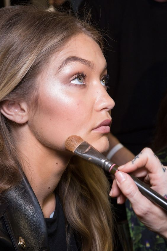 Gigi Hadid backstage at Versace spring 2016 fashion show during Milan fashion week. Photo: Bellazon