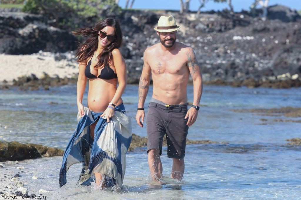megan-fox-in-a-bikini-on-a-beach-in-hawaii-4-22-2016-14