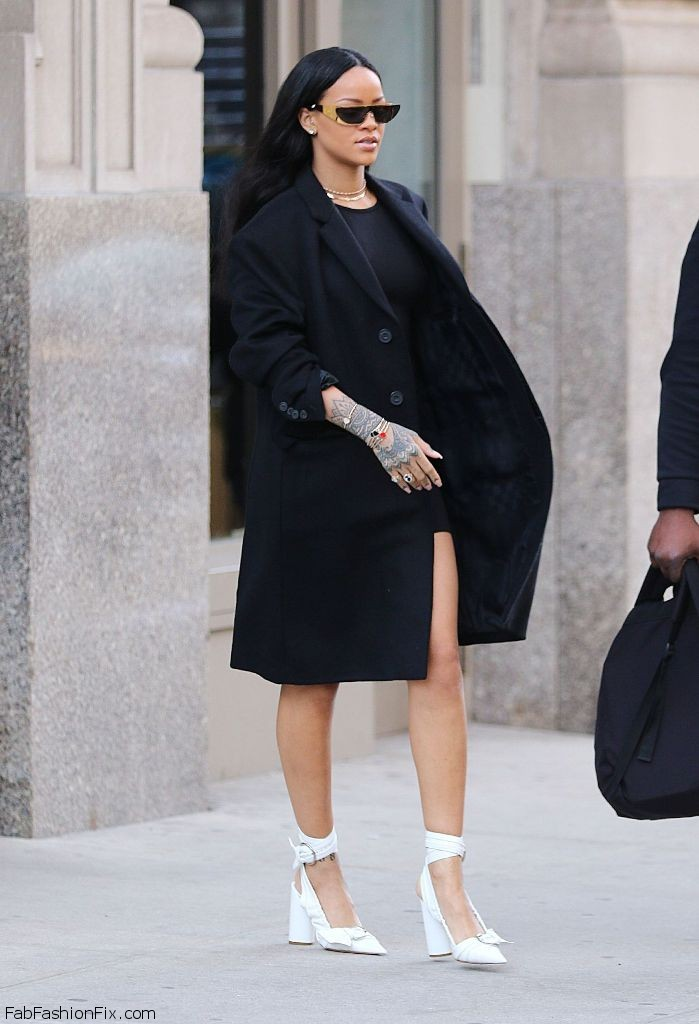 Rihanna Street Fashion New York City 3 30 2016 1 Fab Fashion Fix