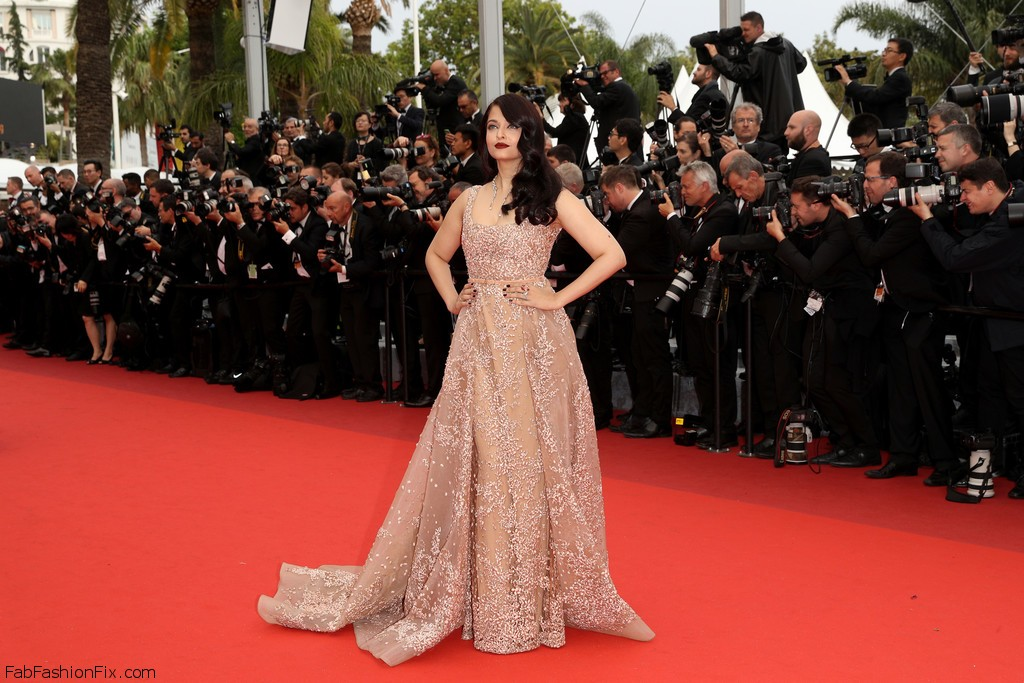 Aishwarya+Rai+BFG+Red+Carpet+Arrivals+69th+4kQzX4i-QGDx