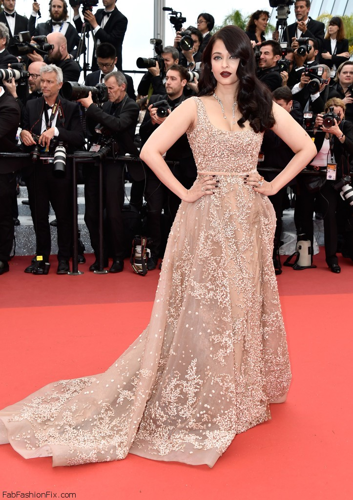 Aishwarya+Rai+BFG+Red+Carpet+Arrivals+69th+EfLKMh7BZgfx