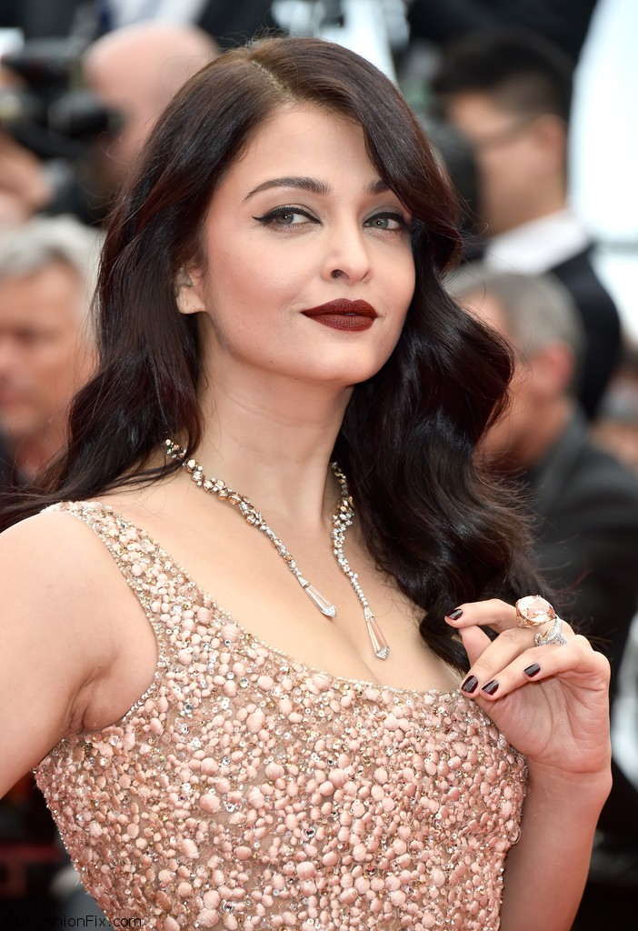 Aishwarya+Rai+BFG+Red+Carpet+Arrivals+69th+XEkTE32aJK0x