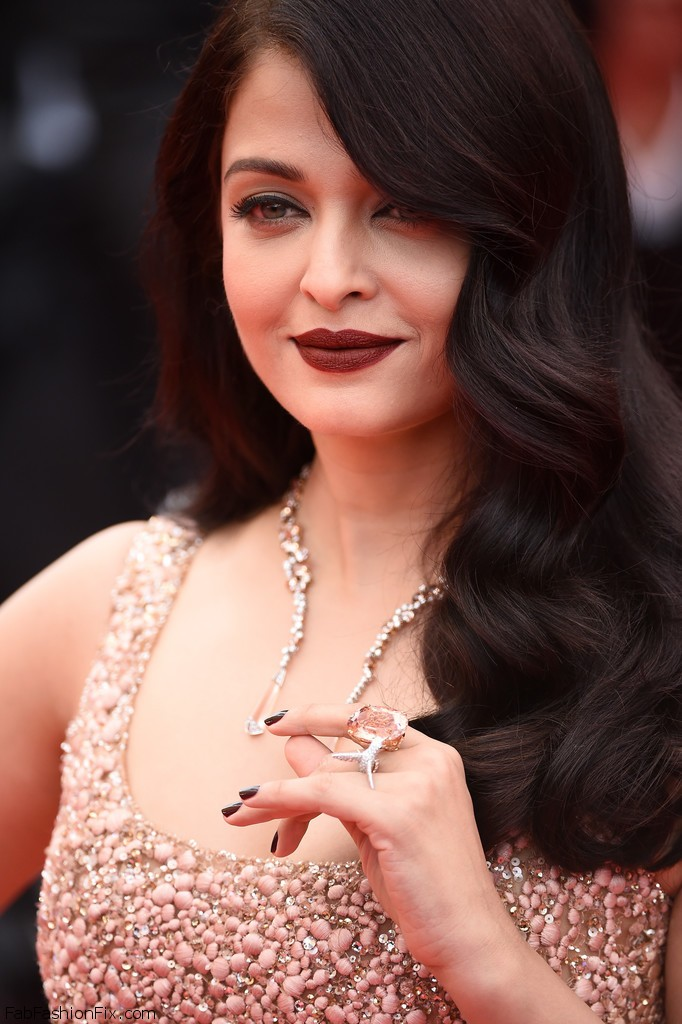 Aishwarya+Rai+BFG+Red+Carpet+Arrivals+69th+mJ3bhEBNazxx