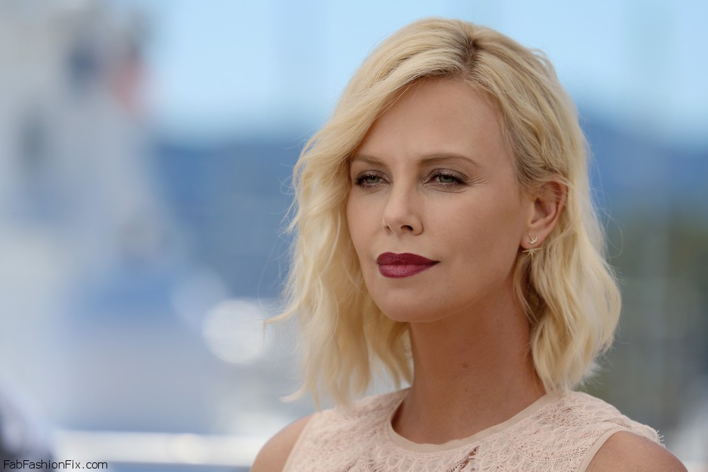 Charlize+Theron+Last+Face+Photocall+69th+Annual+AusFkCibqt7x
