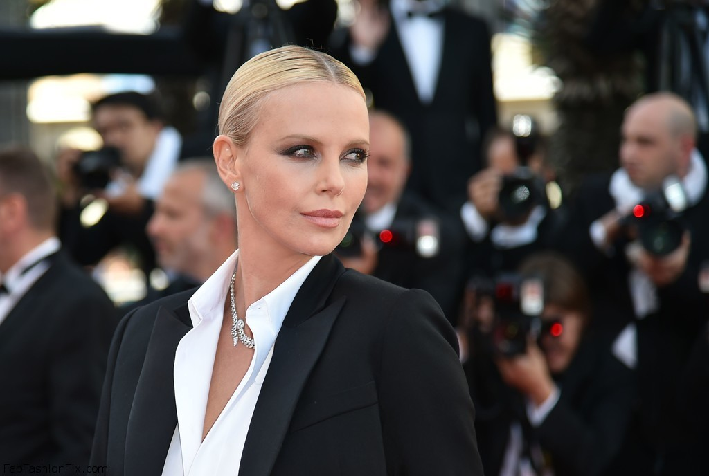 Charlize+Theron+Last+Face+Red+Carpet+Arrivals+CUATChz3rL4x
