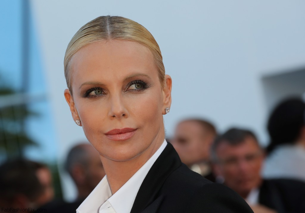 Charlize+Theron+Last+Face+Red+Carpet+Arrivals+VCFEqhpZDlxx