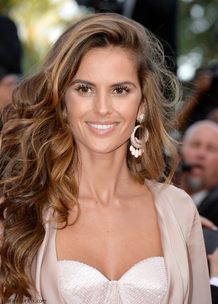 Izabel+Goulart+Julieta+Red+Carpet+Arrivals+grKMofiB_iIx