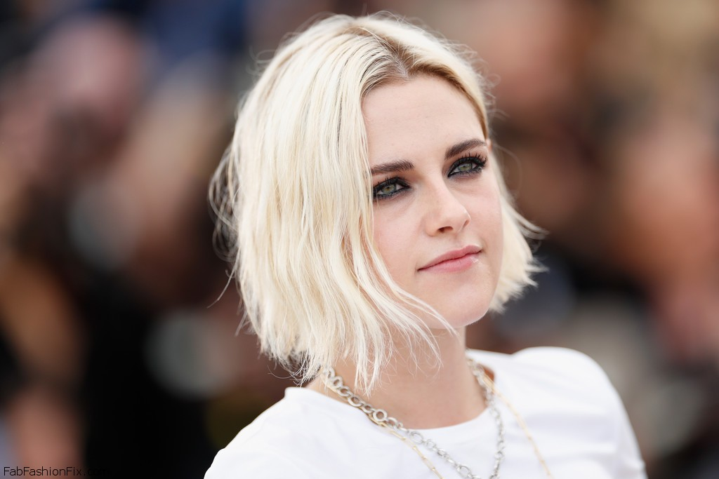 Kristen_Stewart_Cafe_Society_Photocall_69th_G9WrDTMx6Ywx