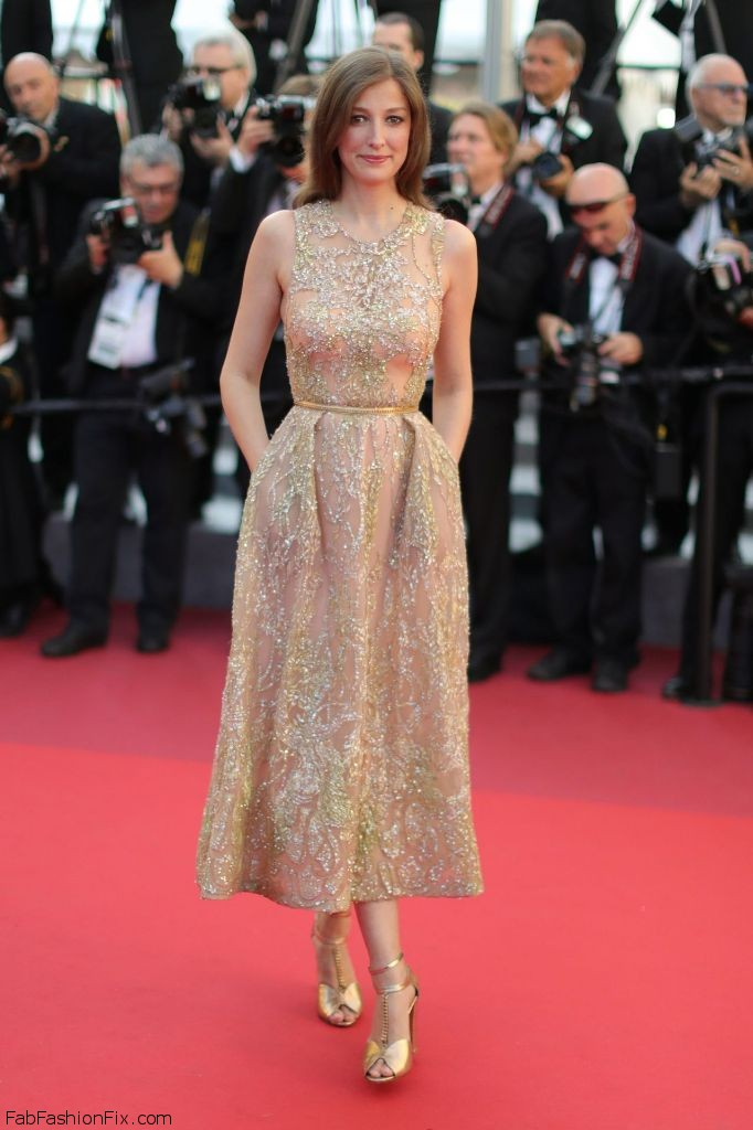 alexandra-maria-lara-elle-premiere-at-69th-cannes-film-festival-5-21-2016-1
