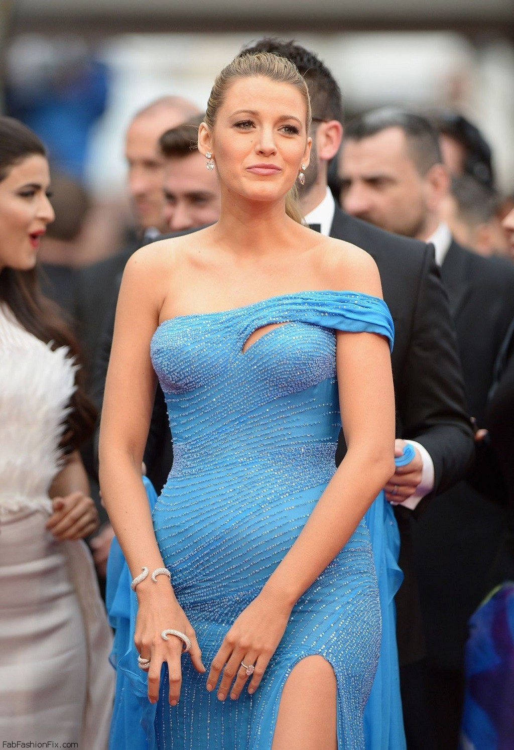 blake-lively-the-bfg-premiere-cannes-film-festival-in-cannes-5-14-2016-2